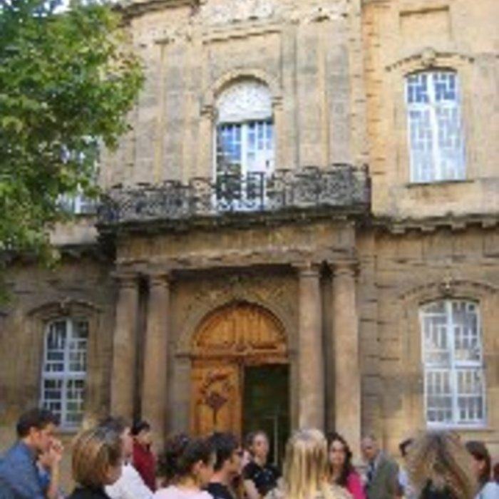 Students in front of building in Provence